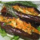 Баклажаны фаршированные морковью и чесноком